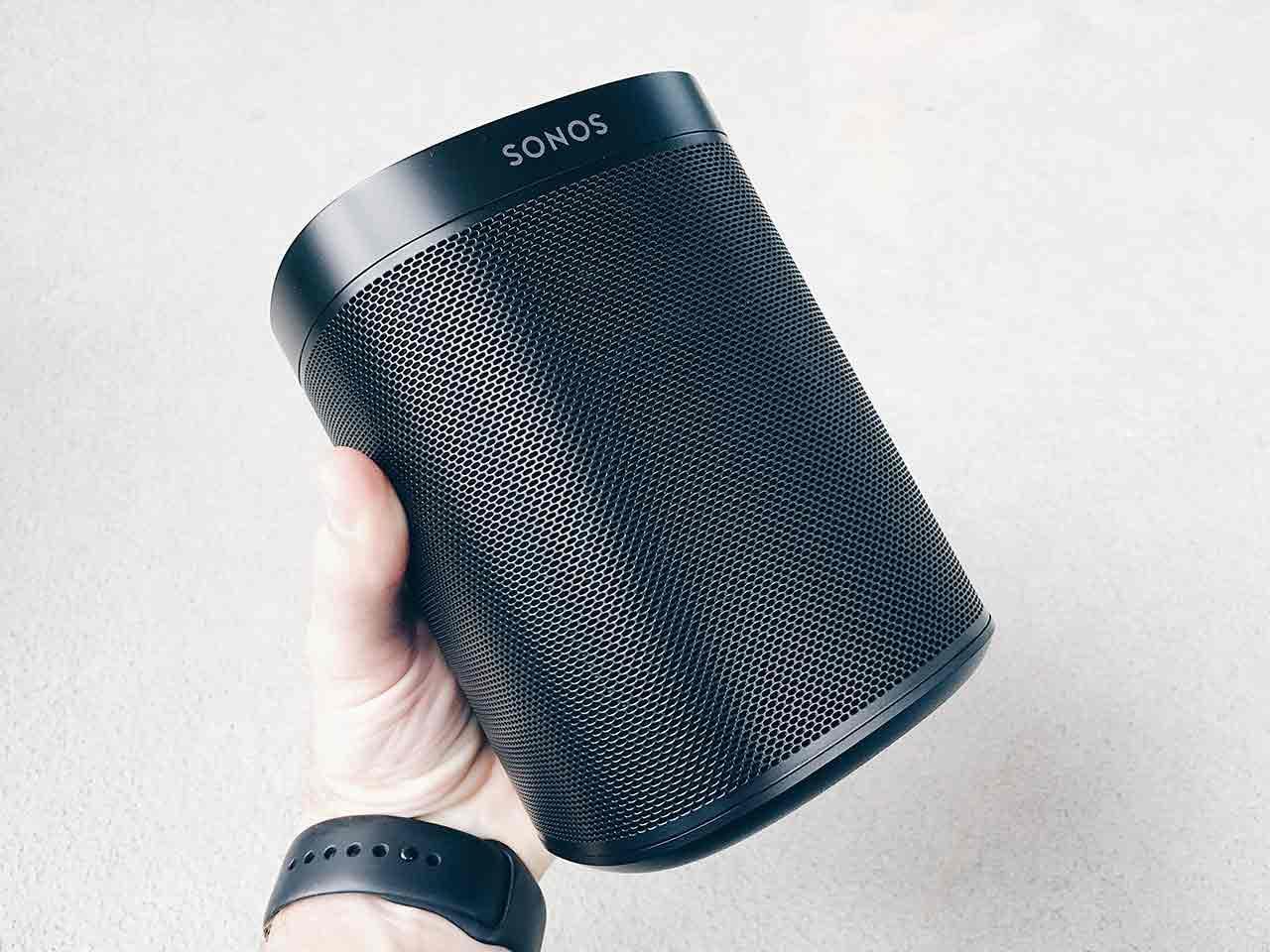 Sonos One är en ny högtalare du kan prata med