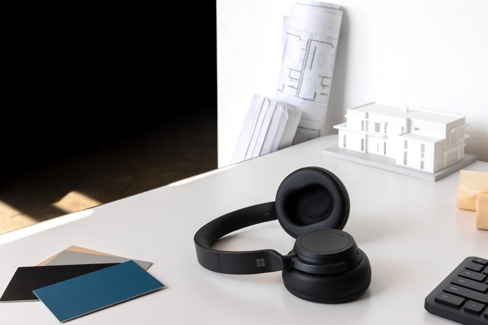 MKBHD tycker till om Surface Headphones 2