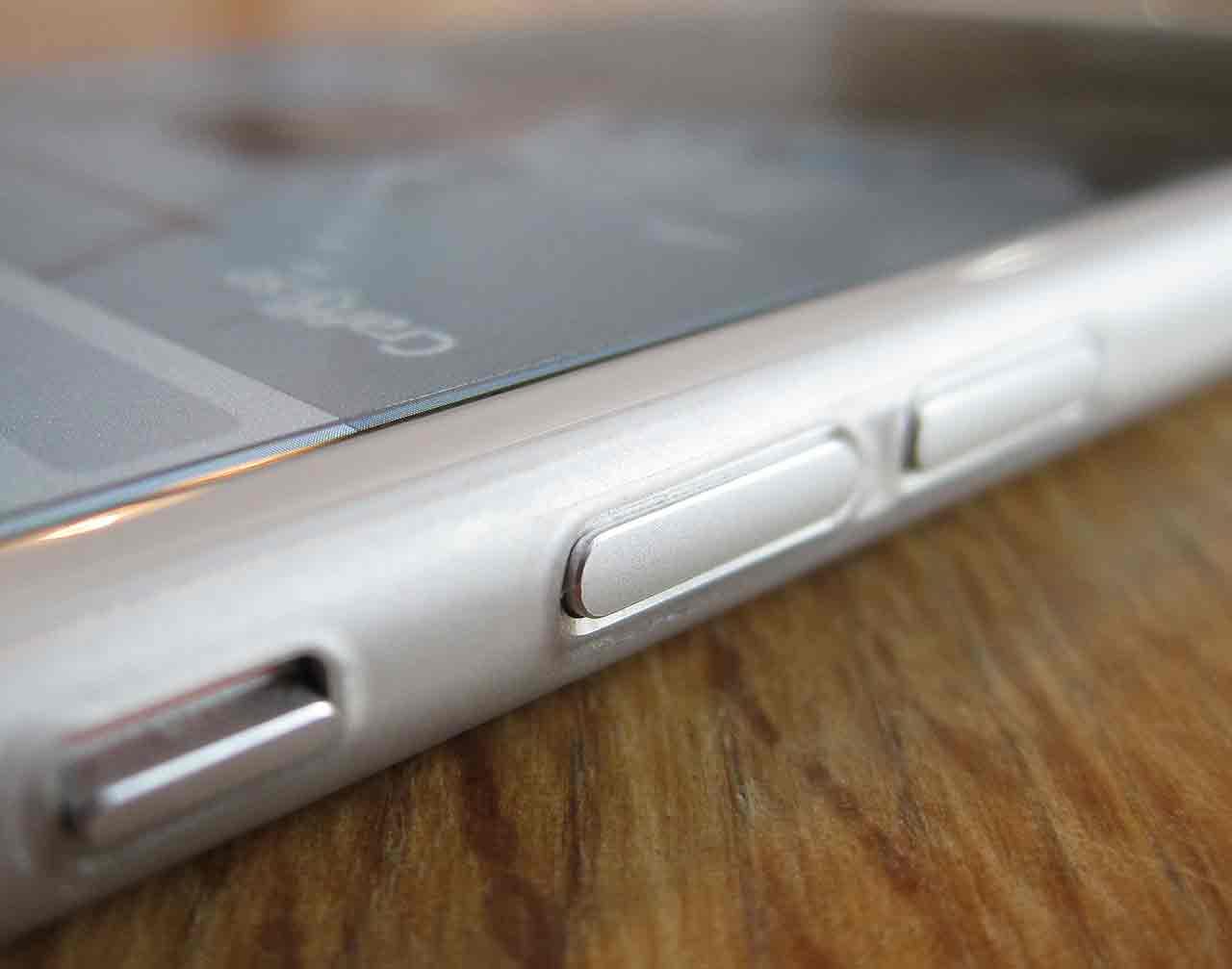 Världens tunnaste iPhone-skal