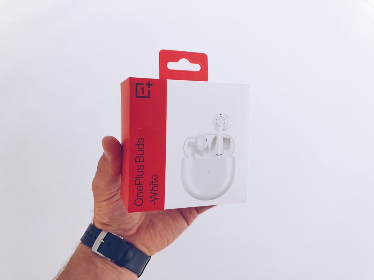 OnePlus Buds box