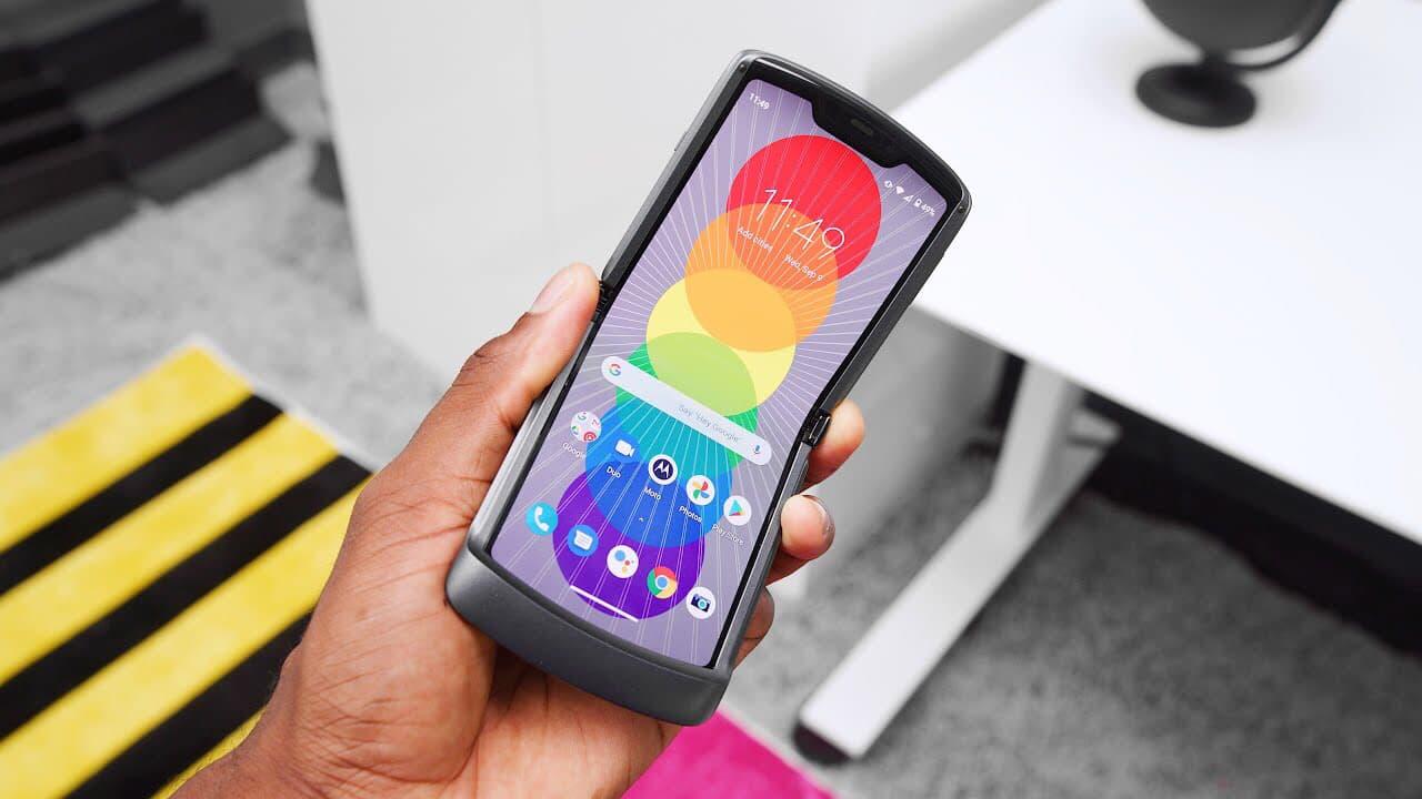 Första intrycken av nya Motorola Razr 2