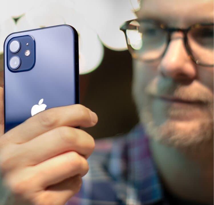 The Verge recenserar iPhone 12